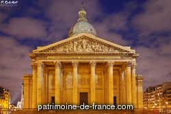 L'église Saint-Geneviève, édifiée par Soufflot dans la seconde moitié du 18e siècle, a été transfomée en monument commémoratif pendant la Révolution. Elle est rendue au culte sous la Restauration, mais redevient édifice commémoratif dans le courant du 19e siècle.