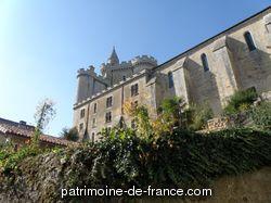 Patrimoine classé, étudié ou inscrit dit 'Château Fort' à morthemer (vienne 86300).