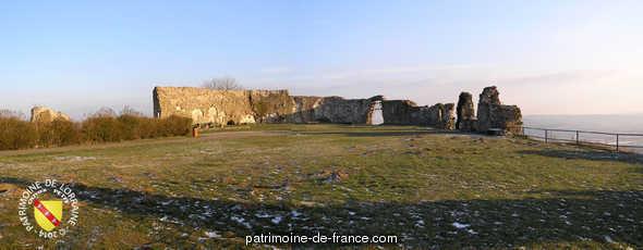 Castle of Mousson (ruins).