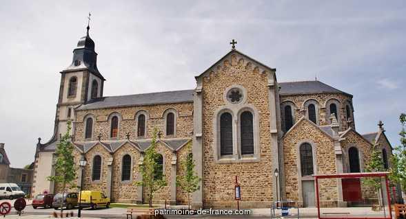 église paroissiale Saint-Jean-Baptiste à St jouan des guerets.
