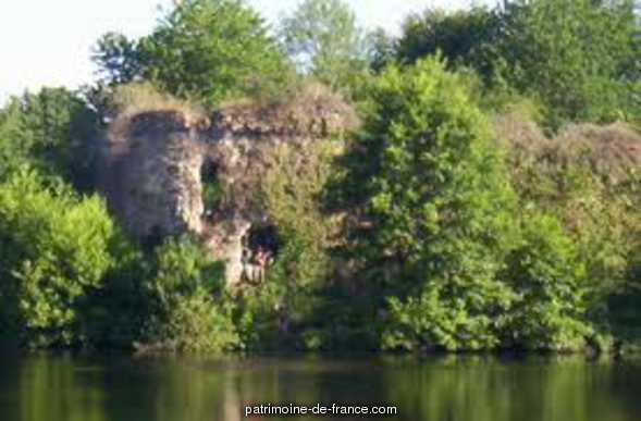 Ruines du château de Gannes