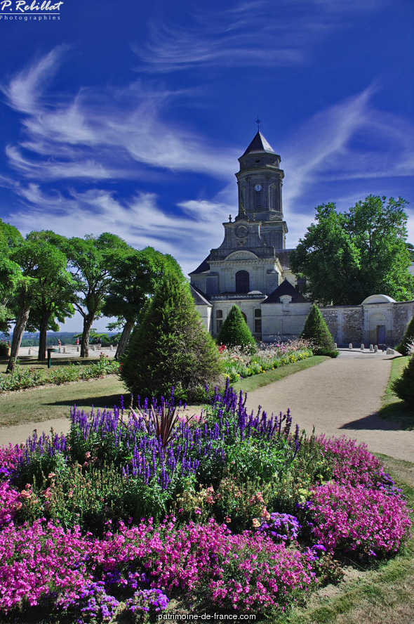 Abbaye du Montglonne ou de Saint-Florent-le-Vieil à St florent le vieil.