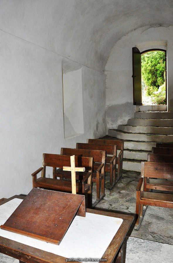 Ancienne chapelle du château de Mandajors à St paul la coste.