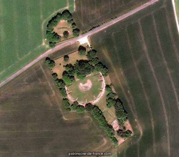 Ruines gallo-romaines de Champlieu à Orrouy.