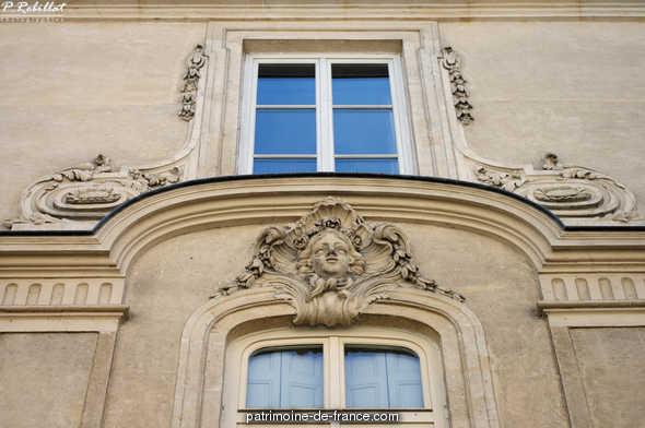 Hôtel de Navarre à Paris 6eme arrondissement.