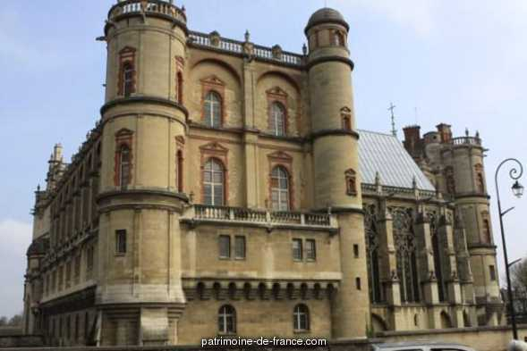 Château Vieux, actuellement Musée des Antiquités Nationales. à St germain en laye.