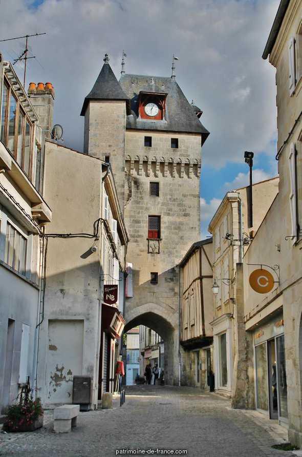 Tour de l'Horloge à St jean d angely.