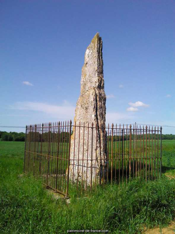 Menhir said ' high-pillar', located on the mountain of the Châtelet, French Heritage monument to Fontaines sur marne.