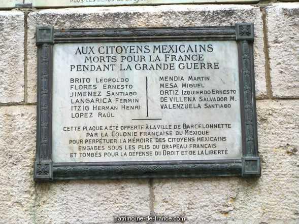 Tour de l'horloge dite Tour Cardinalis à Barcelonnette.