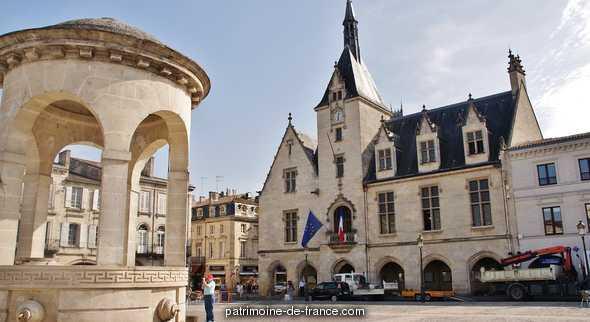 Hôtel de Ville à Libourne.