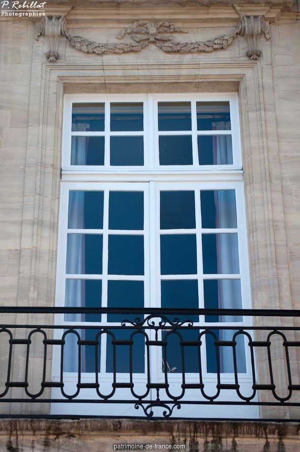 Hôtel de la Tour du Pin (Hôtel de Bricqueville) à Bayeux.