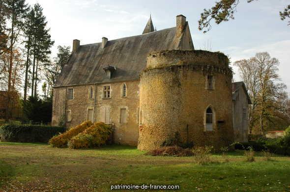 Castle Vieux Moulin to Vielmanay.