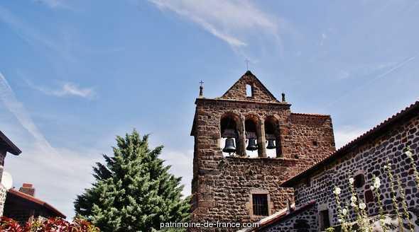 Eglise Sainte-Anne à Seneujols.