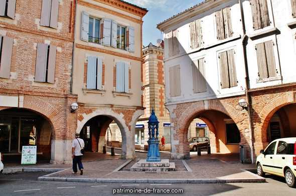 Bastide (Agglomeration), French Heritage monument to Valence.