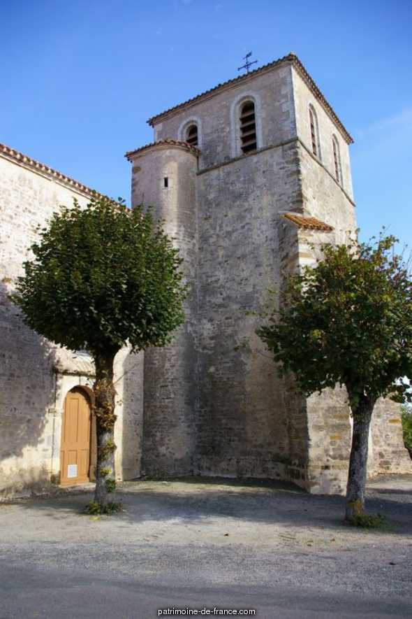 Church of Simon-la-Vineuse, French Heritage monument to Ste hermine.