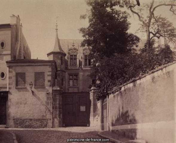 Hôtel d' Estouteville (ancien) à Pontoise.