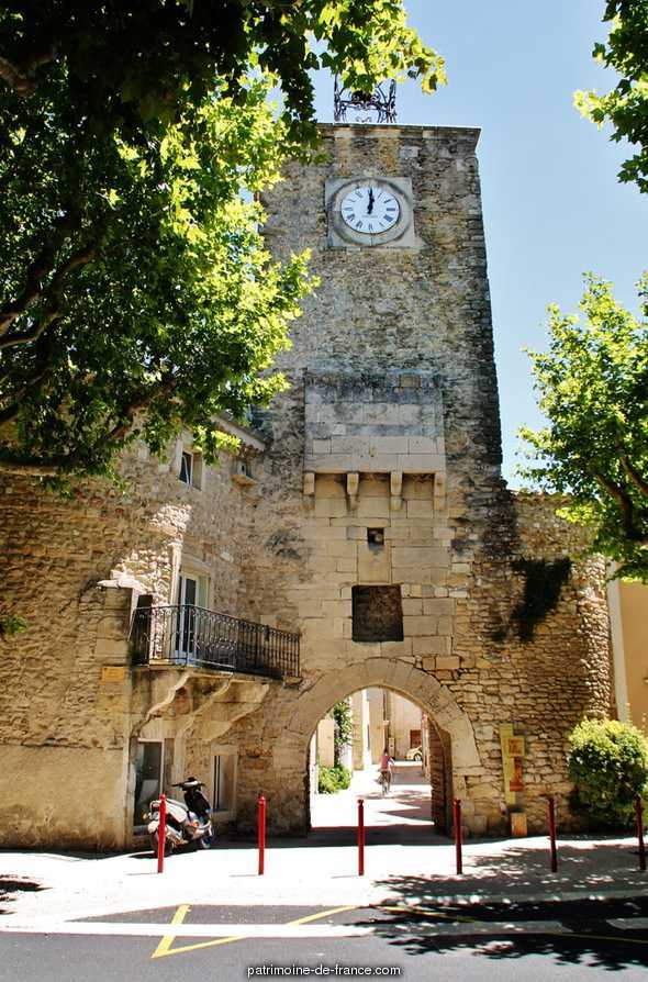Beffroi, Horloge Publique à Richerenches.
