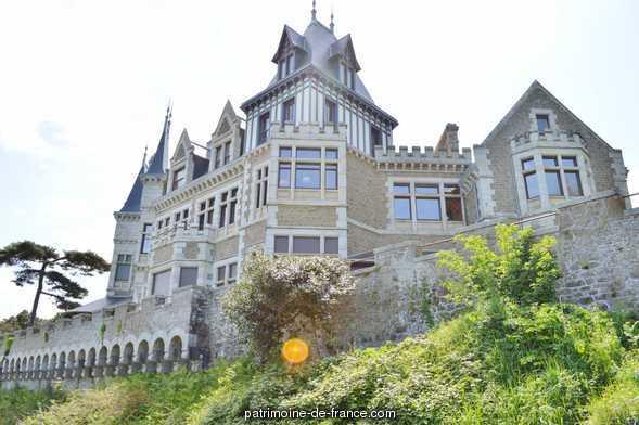 Maison de villégiature balnéaire dite villa la Garde à Dinard.
