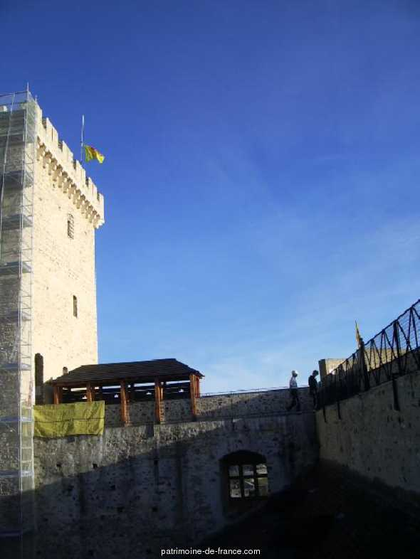 Castle and Dungeon of Gaston Phoebus, French Heritage monument to Mauvezin.