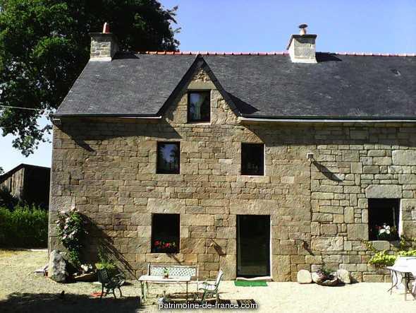 Maison  lieu dit Cabossen à Melrand.