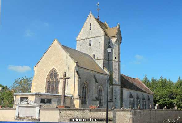 Eglise Paroissiale Saint Pierre � Versainville.
