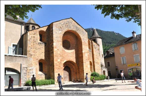 Eglise à Ispagnac.