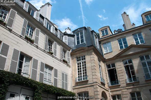 Hôtel de la Feuillade, French Heritage monument to Paris 7eme arrondissement.
