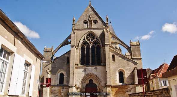 Eglise Saint-Pierre à Varzy.