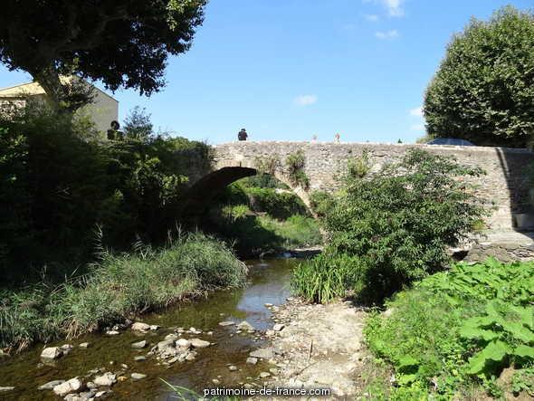 pont dit Pont Vieux à Collobrieres.