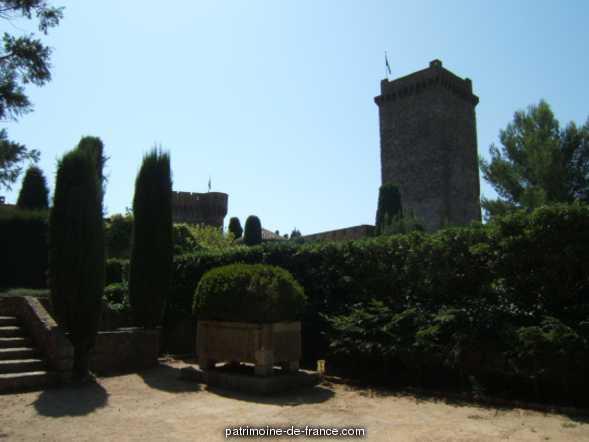 jardin du château de la Napoule à Mandelieu la napoule.