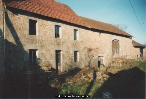 Farm, French Heritage monument to St pardoux d arnet.