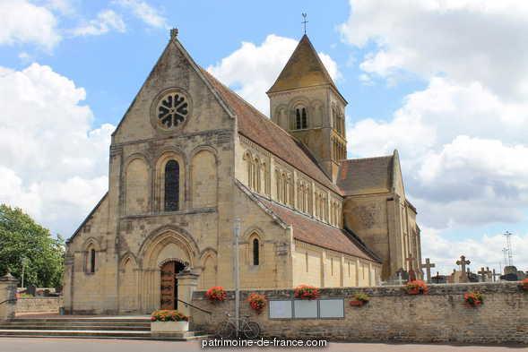 Eglise à Cheux.