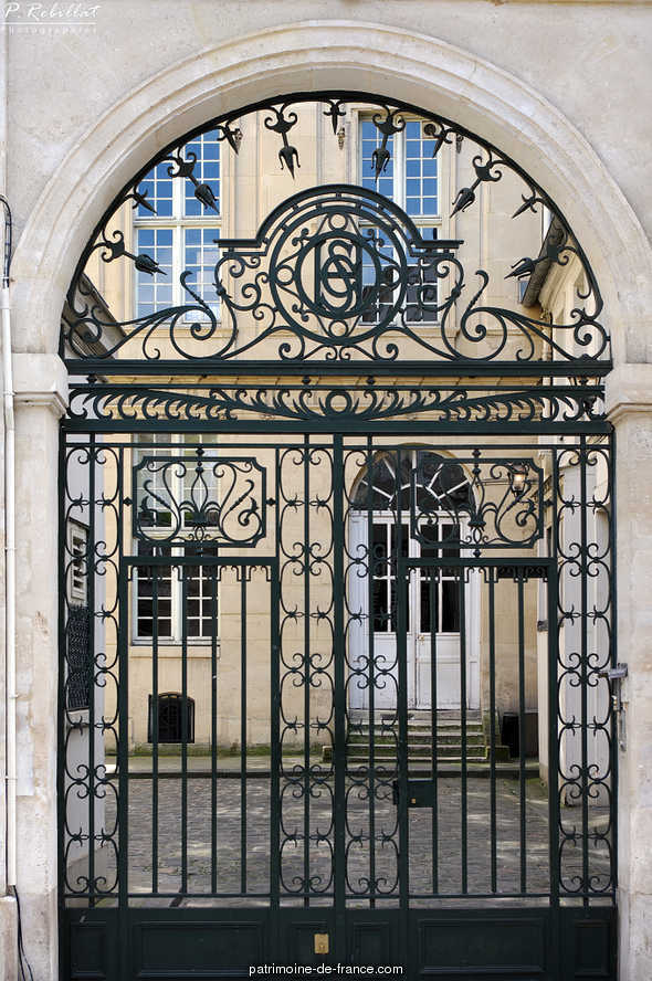 H tel d 39 hercule ancien paris 6eme arrondissement paris for Agence immobiliere 6eme arrondissement paris