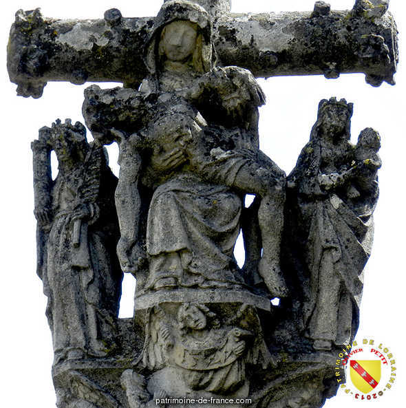 Stone cross, French Heritage monument to Dolaincourt.