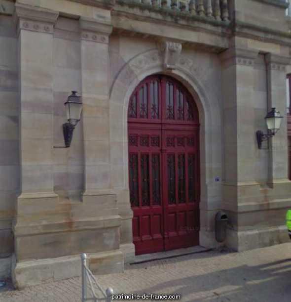 Halle, Salle des Fêtes dit Salon des Halles à Luneville.