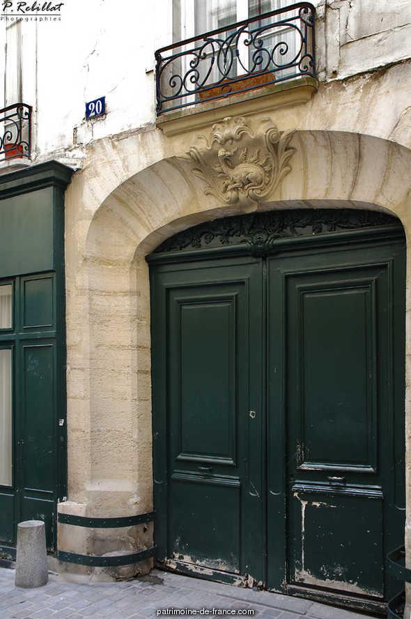 Immeuble 20 rue de l'Hirondelle à Paris 6eme arrondissement.