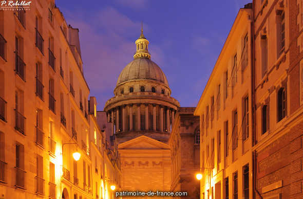 Old church of Sainte-Geneviève, become the Pantheon, French Heritage monument to Paris 5eme arrondissement.
