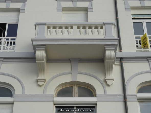 hôtel de voyageurs, dit le Grand Hôtel à Wimereux.