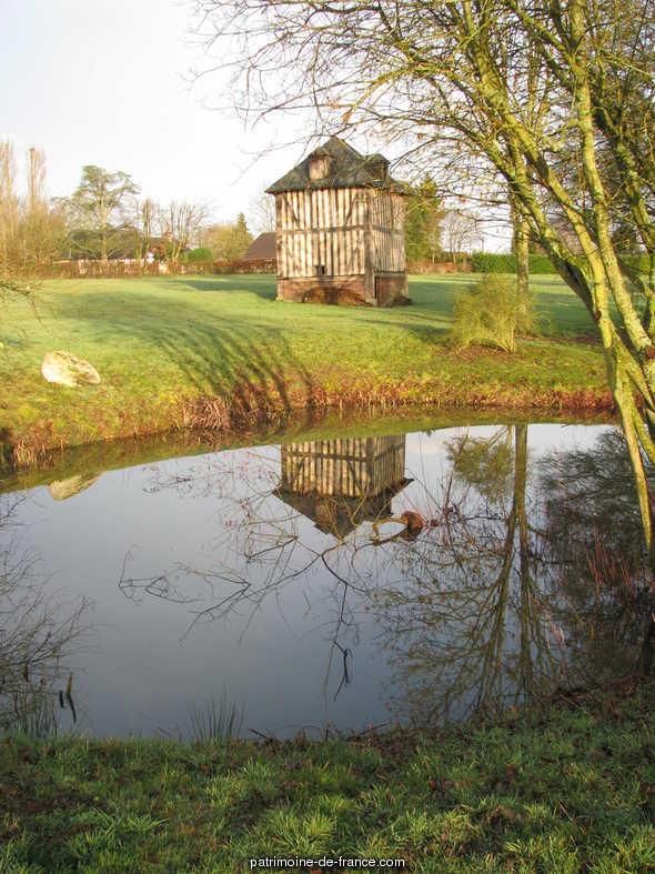 Domaine de Saint Aubin à Ajou.