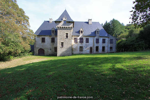 Castle, French Heritage monument to Eymoutiers.