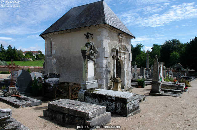 The cemetery Chapel, French Heritage monument to Pouilly sur loire 1