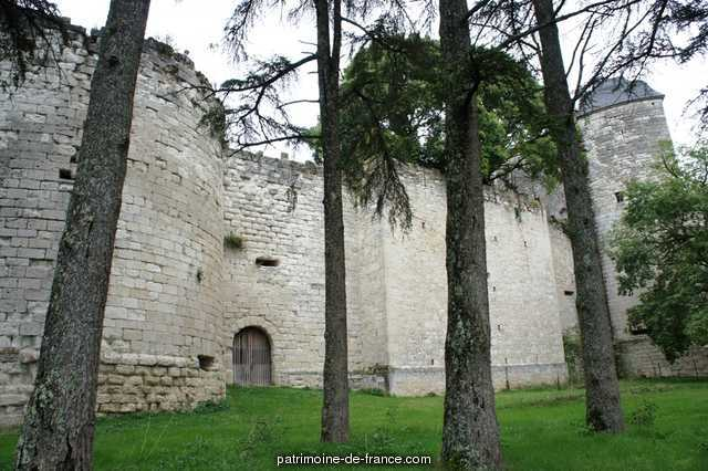 Castle, French Heritage monument to Brassac 1
