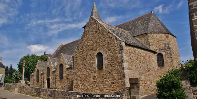 Old church Saint-Lunaire, French Heritage monument to St lunaire 1