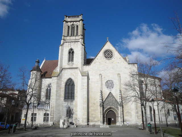 Cathedral Saint-Caprais, French Heritage monument to Agen 8