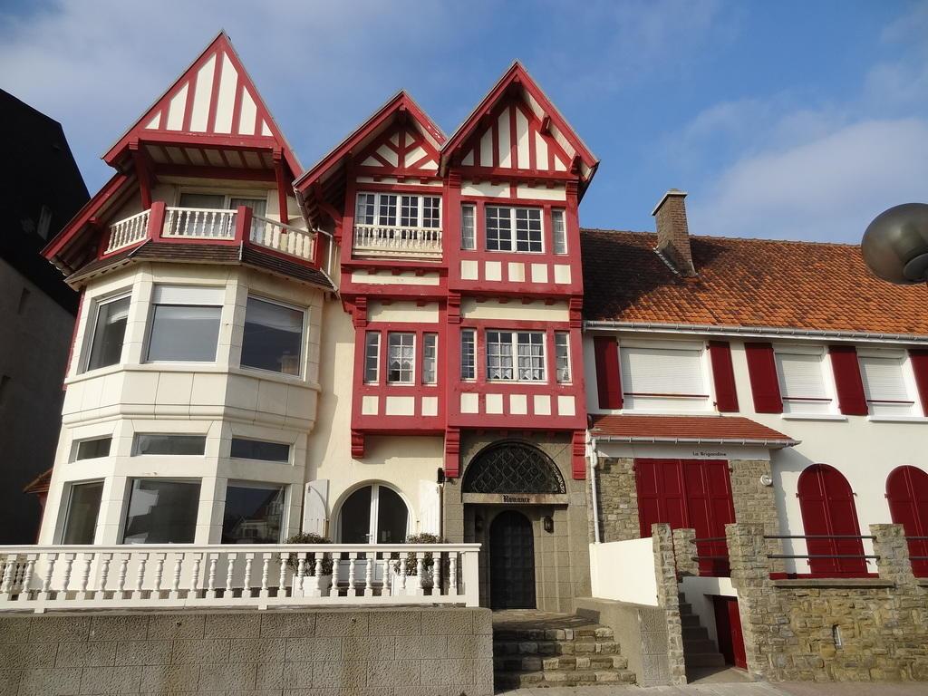 Villa Romance to Wimereux.