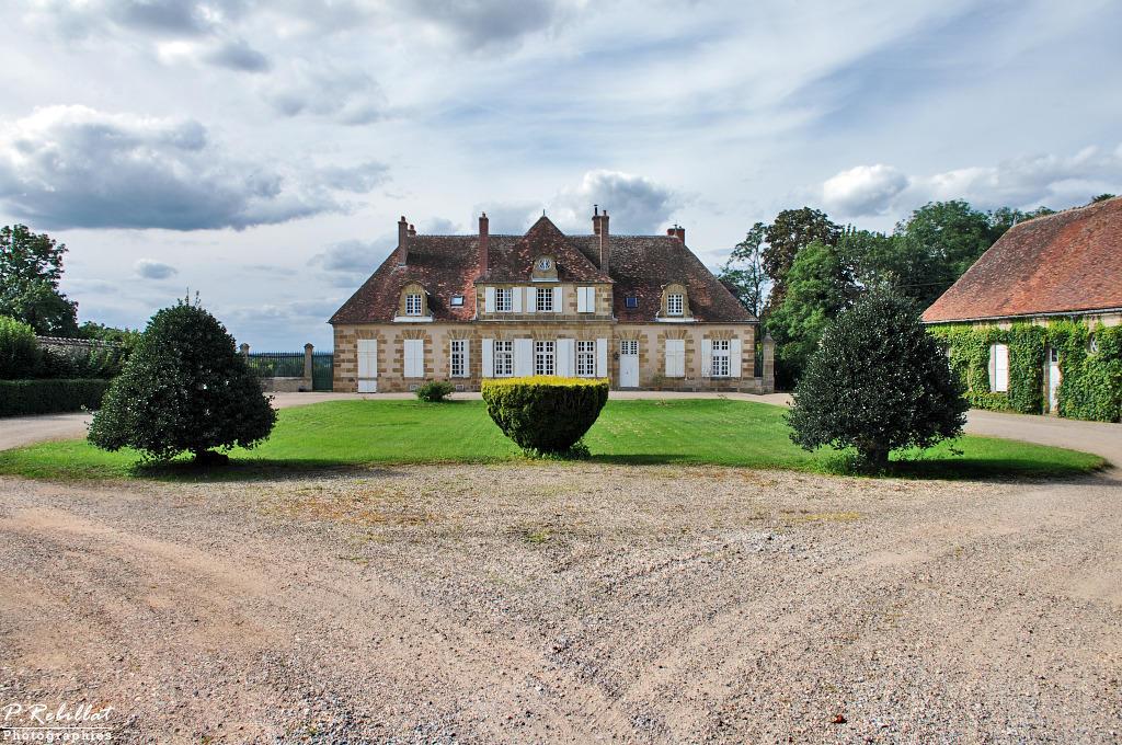 Château des Chaulets à Souvigny.