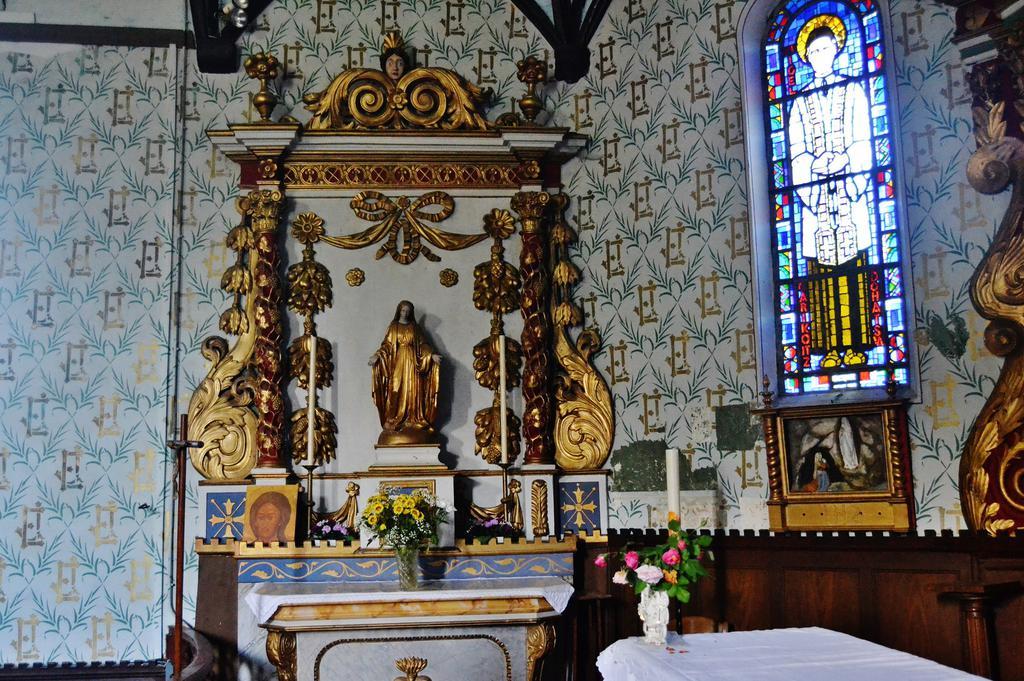 Church Saint-Etienne, French Heritage monument to St esteben.