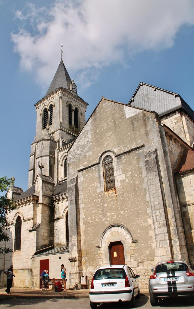 Church Saint-Jacques and Saint-Cyr, French Heritage monument to Sancergues.