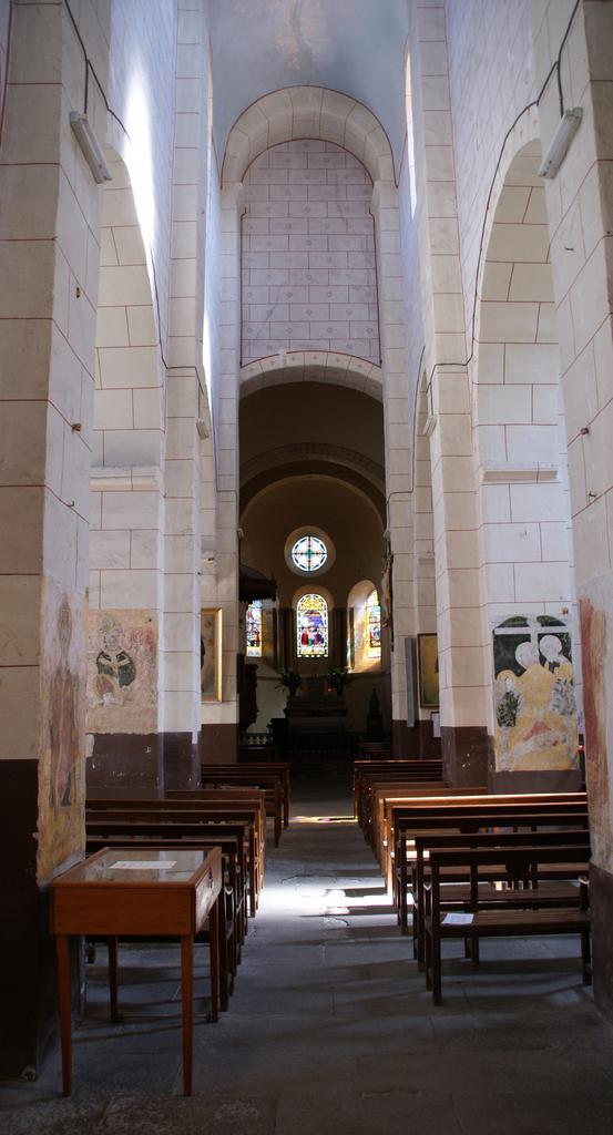 Eglise Sainte-Agathe à Ris.