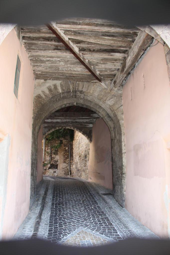 Porte de Baruc à Hyeres.